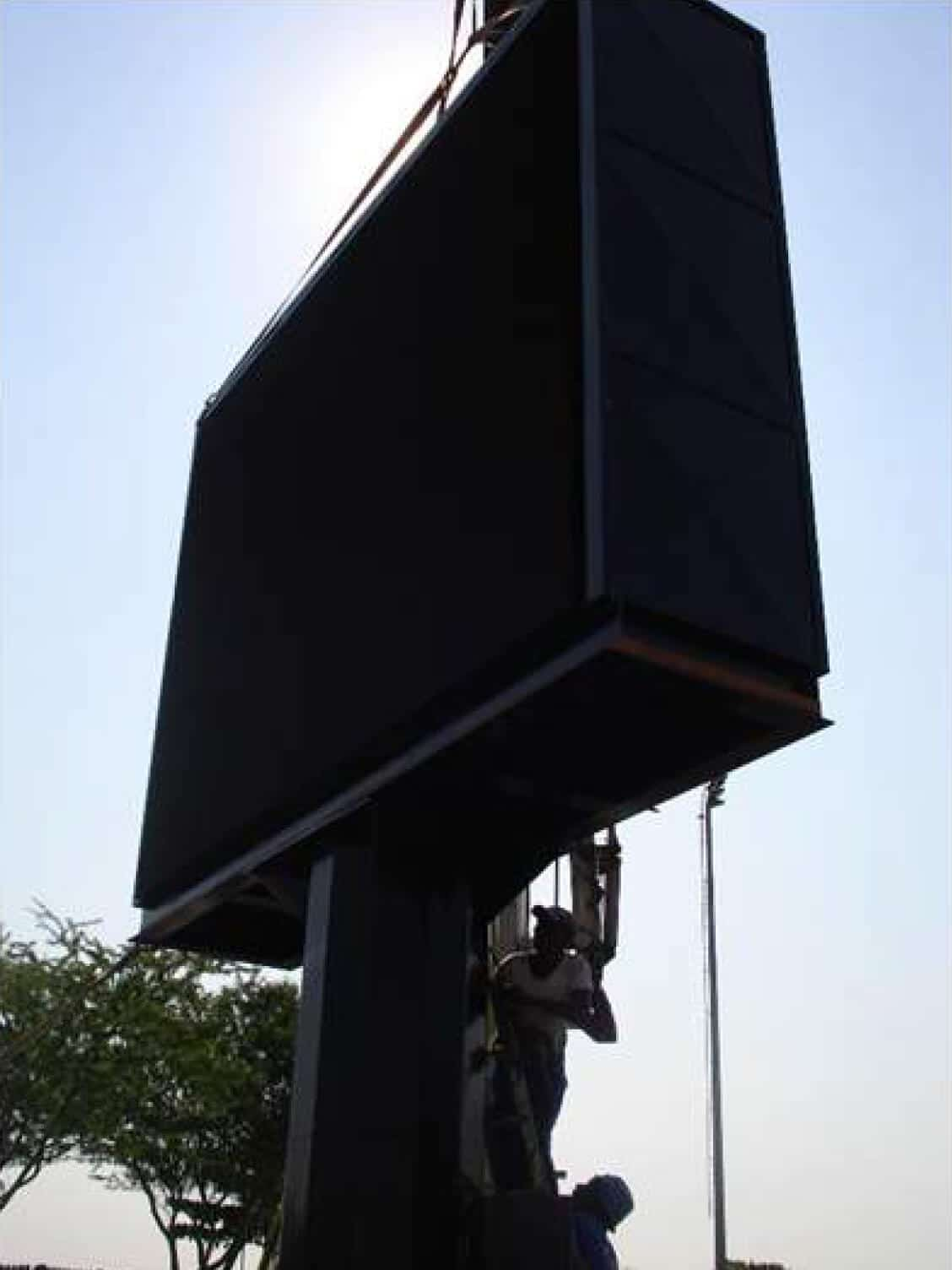 LED-billboard-CONSTRUCTION-PROCESS-14